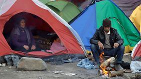 Camp-Räumung immer wahrscheinlicher: Gerüchte lassen Flüchtlinge in Idomeni ausharren