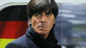 Wenig entzückt: Bundestrainer Joachim Löw.