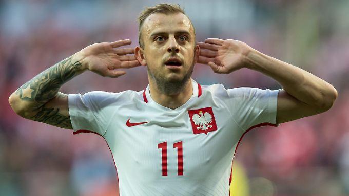 Die Freude der polnischen Fans über fünf Tore gegen Finnland war für Kamil Grosicki in Breslau nicht zu überhören.