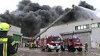 Großbrand bei Wiesenhof: Geflügelschlachterei steht in Flammen