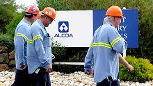 So mancher Alcoa-Mitarbeiter muss um seinen Job zittern.