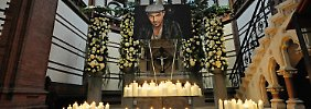 Wenn ganz Hamburg Trauer trägt: Abschied von Roger Cicero