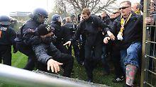"""""""Selbstherrliche, asoziale Hohlköpfe"""": Dynamo Dresden beschimpft brutalen Mob"""