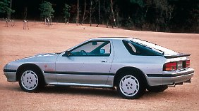 Den Mazda RX-7 Turbo gab es 1987 ab 48.400 Mark.