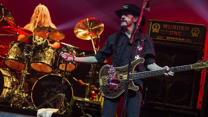 24 Jahre teilten sie die Bühne: Mikkey Dee (l.) und Lemmy Kilmister.