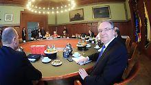 Regierungsbildung in Sachsen-Anhalt: Schwarz-rot-grüner Koalitionsvertrag steht