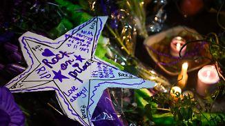 Drogen als Todesursache?: Fans und Künstler gedenken Prince in violett