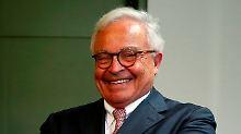 Rolf Breuer zeigt sich entspannt am letzten Prozesstag. Seine Aussage über Leo Kirchs Medienkonzern hatte die jahrelangen Gerichtsverfahren ins Rollen gebracht.