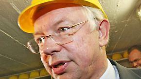 Lukrativer Jobwechsel?: Bilfinger Berger umwirbt Roland Koch