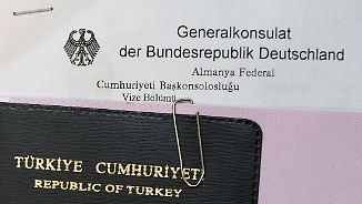 Gegenleistung im Flüchtlingspakt: EU-Kommission will Visapflicht für Türken aufheben