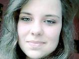 Mit diesem Foto fahndet Interpol nach der vermissten jetzt 16-jährigen Maria.