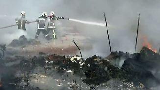 Unweit von Aleppo: 28 Menschen sterben bei Luftangriff auf Flüchtlingslager in Syrien