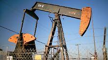 Gegenbewegung im Keim erstickt: Ölpreis kehrt in Abwärtstrend zurück