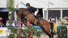 Bayrisches Reitturnier abgebrochen: Sturz am Graben, Pferd wird eingeschläfert