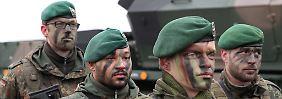 Bericht über Stellenausbau: Von der Leyen will Tausende neue Soldaten