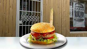 Auf Erdoğan-Burger folgt AfD-Burger: Kölner Restaurantbesitzer lässt sich nicht einschüchtern