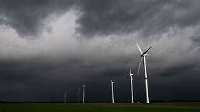 Branche unter Druck: Merkel berät mit Ministerpräsidenten über Ökostromreform