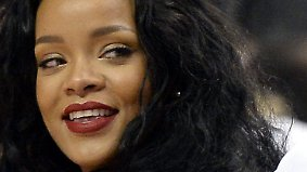 Promi-News des Tages: Rihanna verprasst 15.000 Dollar im Sexclub