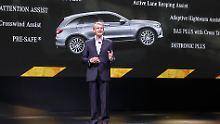 Für Mercedes Entwicklungschef Thomas Weber liegt die Elektromobilität nicht nur im Akkumulator.
