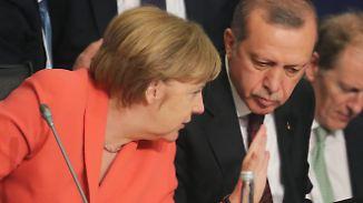 Drohungen vor Gespräch in Istanbul: Einigung zwischen Merkel und Erdoğan auf der Kippe?