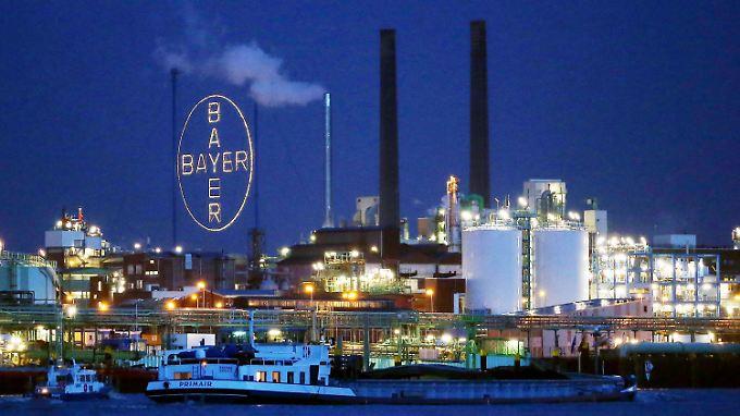 Bayer hatte anfangs rund 55 Milliarden Euro für Monsanto geboten - zu wenig.
