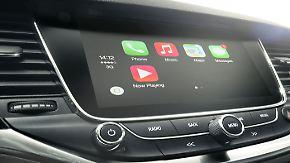 ADAC-Untersuchung zur Datenkrake Pkw: Moderne Autos speichern und senden ständig Daten an Hersteller