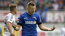 + Fußball, Transfer, Gerüchte +: Bielefeld sichert sich Paderborner