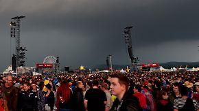 """Weitere Unwetter in Deutschland: Blitzeinschlag verletzt Dutzende Menschen bei """"Rock am Ring"""""""
