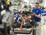 Produktion des Hybrid-Golf bei VW in Wolfsburg.