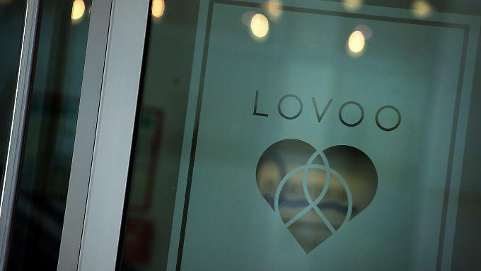 """Die Geschäftsräume von """"Lovoo"""" in Dresden sind am Morgen von der Polizei durchsucht worden."""