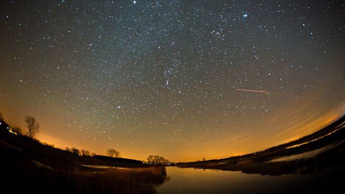 Ein derart ungetrübter Blick auf die Sterne ist in Europa nur sehr beschränkt möglich: So beispielsweise in Brandenburg.