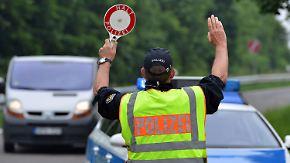 Fans in Lille fiebern mit DFB-Team: Bundespolizei stoppt deutsche Hooligans bei Trier