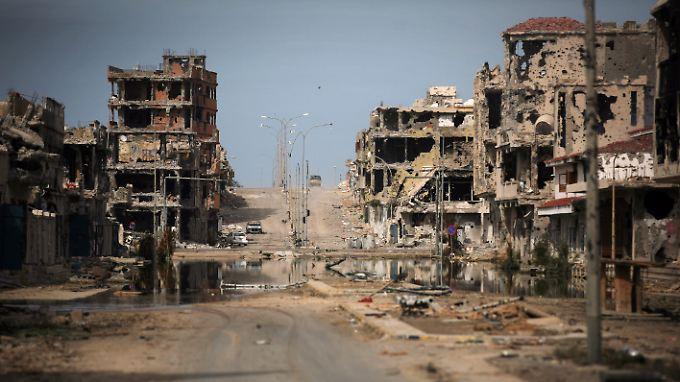 Sirte gleicht in weiten Teilen einer Trümmerlandschaft.