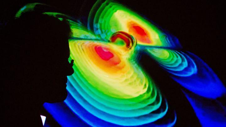 Visualisierung von Gravitationswellen während einer Pressekonferenz vom Max-Planck-Institut für Gravitationsphysik (Albert Einstein Institut) in der Leibniz-Universität in Hannover im Februar 2016.