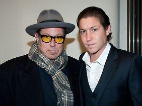 Heidi Klums Freund Vito Schnabel (r.) hat es wie seinen Vater ins Kunstgeschäft gezogen - allerdings als Händler.