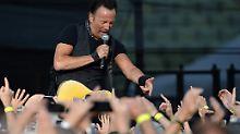 Mehr als 30 Titel: Springsteen rockt München stundenlang