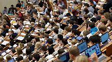 Bei der Hochschulzulassung hakt es. Foto: Swen Pförtner/Archiv