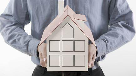 Eigentum absichern die richtige versicherung f rs haus for Haus finden