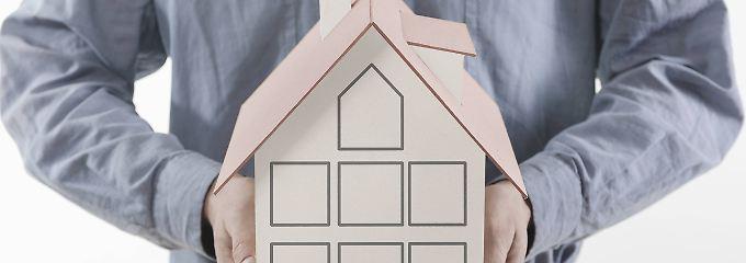 Eigentum absichern: Die richtige Versicherung fürs Haus finden