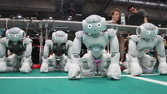"""Robocup "" in Leipzig: Internationale Roboter kicken um den Weltmeistertitel"