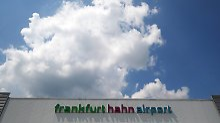 Dubioser Verkauf von Frankfurt-Hahn: Chinesen halten an Flughafen-Deal fest