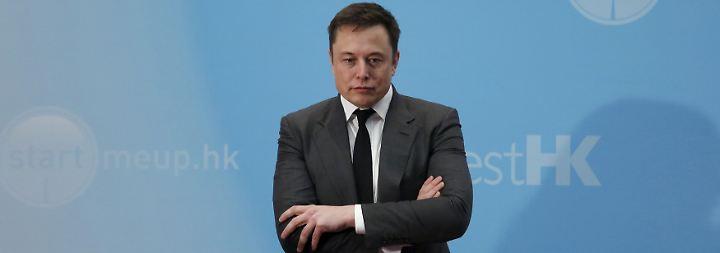 Vorwürfe nach Todesfall mit Tesla-Autopilot: Nutzte Musk sein Insiderwissen für Aktienverkauf?