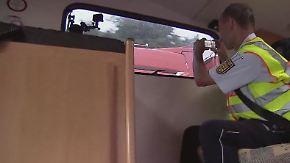 Unfälle durch Smartphone-Nutzung: Polizei geht im Wohnmobil auf Autobahnstreife