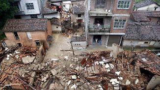 """Evakuierung von 420.000 Menschen: Taifun """"Nepartak"""" richtet enorme Verwüstungen im Süden Chinas an"""