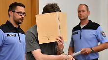 """""""Er hätte nicht aufgehört"""": Staatsanwalt will Höchststrafe für Silvio S."""
