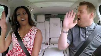 """First Lady rockt """"Single Ladies"""": Michelle Obama überrascht mit Karaoke-Auftritt"""