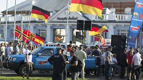 Wahlkampfauftakt mit Gegendemo: AfD könnte erstmals stärkste Partei in einem Bundesland werden