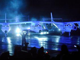 Die ersten Weltraumtouristen will der britische Milliardär Branson 2012 ins All schicken - mit gravierenden Folgen.