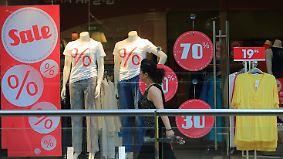 Verwaiste Modegeschäfte: Einzelhandel setzt verstärkt auf Onlineshops