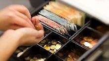GfK-Index klettert: Deutsche bleiben konsumfreudig
